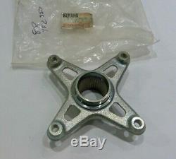 Yamaha YFZ350 87-88 Banshee Rear Sprocket Hub New OEM 1UY-25386-01 99999-03111